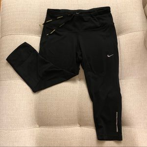 Nike quarter length leggings black S